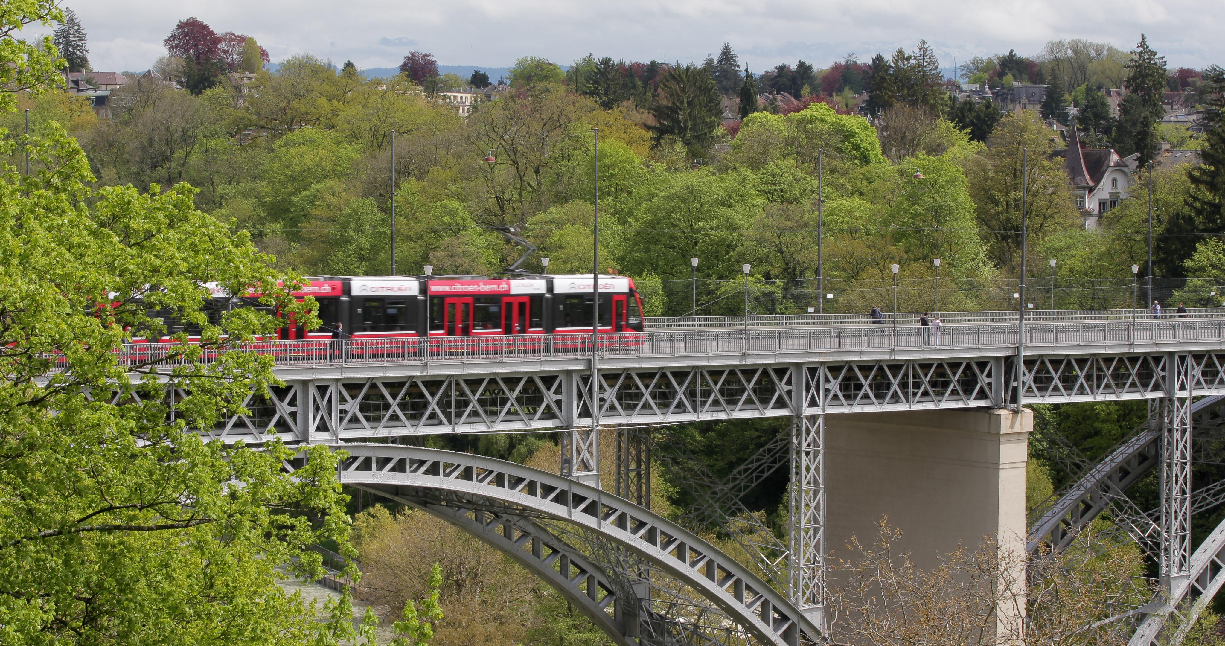 Bern-train_SH.jpg